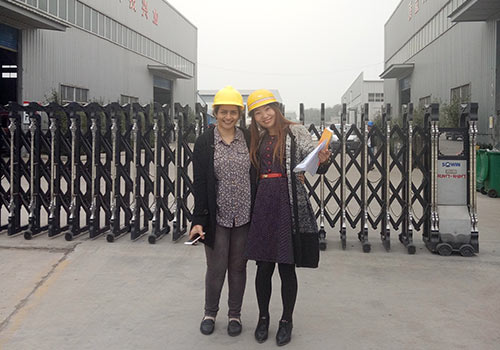 The Customer From Russia Came to Visit Beston Factory