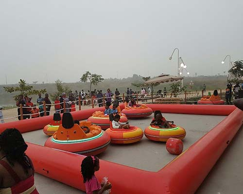 spinning bumper cars for amusement park
